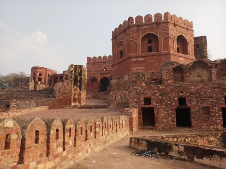 Image result for fatehpur sikri samosa mahal